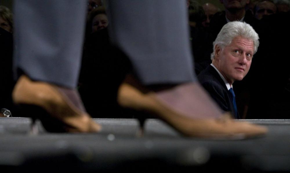 hillary-clinton-shoes-bill