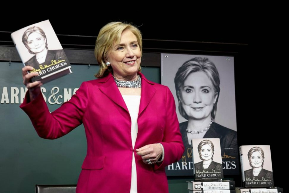 hillary-clinton-book-signing