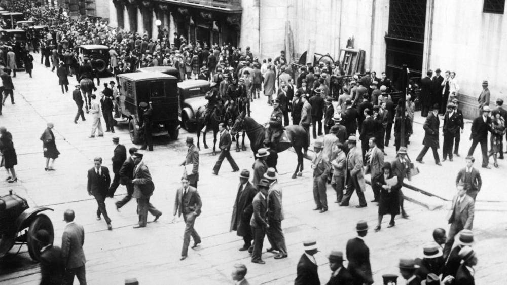 an analysis of the year 1929 for the united states and the issues of the great depression The great depression (1929-1939) although the united states had experienced several depressions before the stock market crash on october 27, 1929, none had been as severe nor as long lasting before black thursday struck wall street.